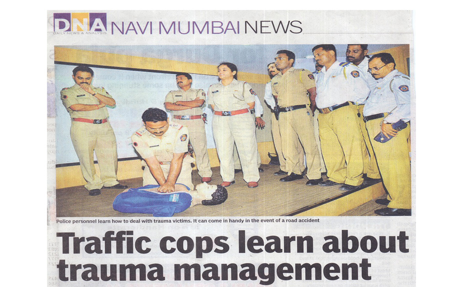 Traffic cops learn about trauma management